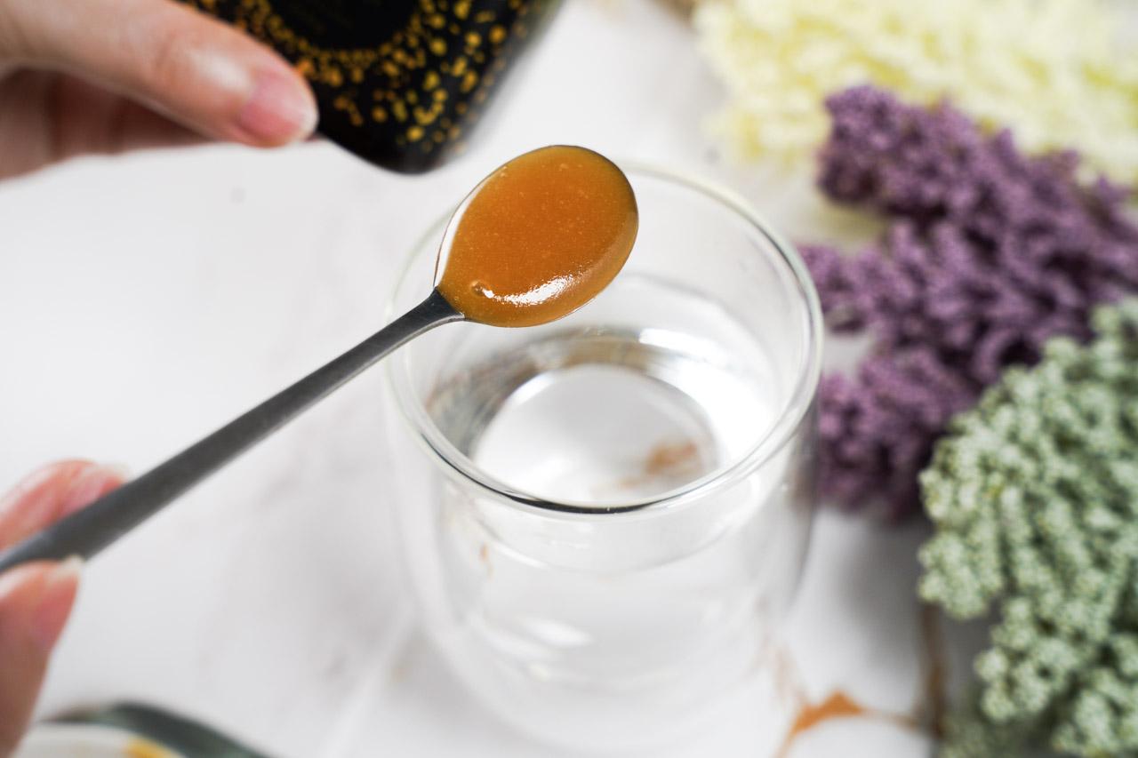 老協珍獨家上市STREAMLAND紐西蘭新溪島 麥蘆卡蜂蜜UMF®15+富含珍貴的UMF獨特活性因子,每天挖1勺泡成麥蘆卡蜂蜜水,對健康有各種的好處,有益於幫助維持消化道機能。