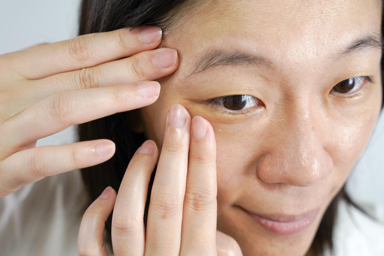 長期疏於照顧的臉部肌膚找一款適合的保養品真的很重要,ORBIS極光悠使用的三步驟輕鬆就可以完成,對懶惰的人幫助很大.而且雖然才剛開始使用,但實際體驗真的很有感,相信持續長期保養一定能養出細緻透亮的逆齡肌。