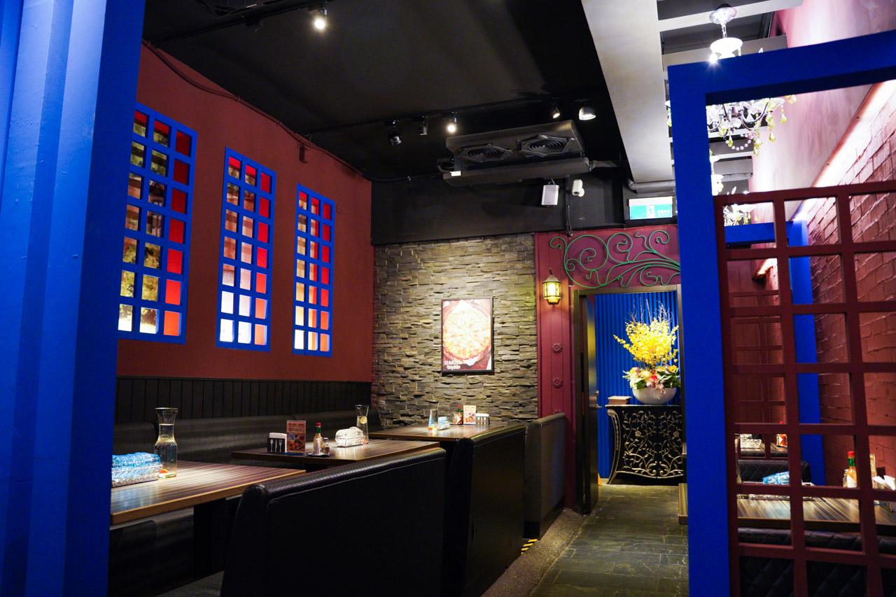 鄰近捷運松江南京捷運站,這是一間美味又兼具平價義式料理的餐廳,洋城義大利餐廳 長安店,剛好在公司附近,下班後要吃晚餐就來試試看!,店內提供了多樣化的菜色,有義大利麵、焗烤、燉飯、義式薄餅披薩、各式創意開胃菜,另外還有加價升級套餐組合方案!