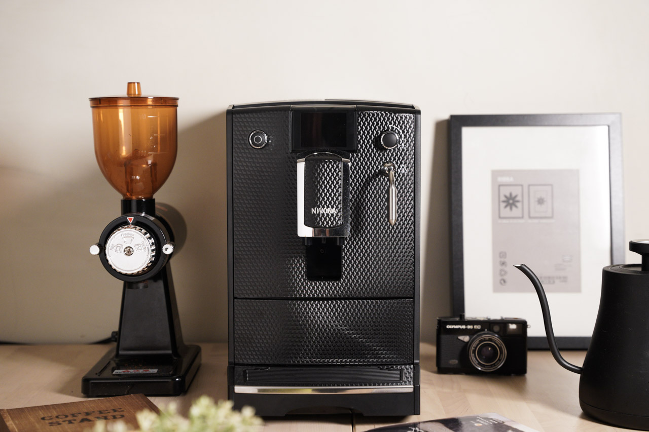開箱 NIVONA NICR 680 來自德國的全自動義式咖啡機.煮出手沖咖啡的口感